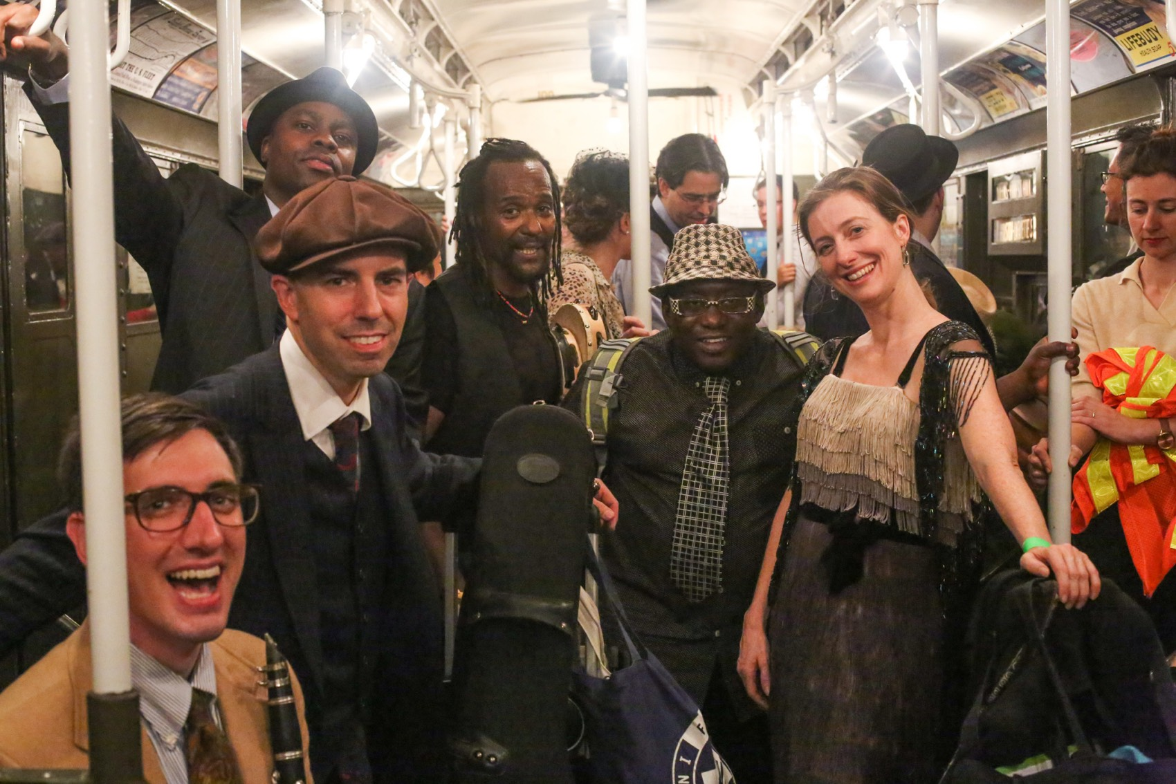 Hot Jazz Jumpers Vintage Train  079